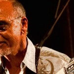 Click for Larry Carlton's Bio